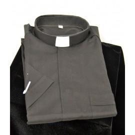 Camisa de sacerdote negra de manga corta